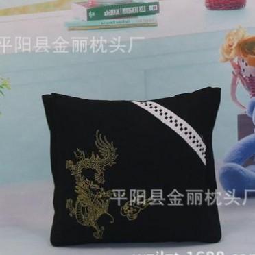 厂家批发汽车沙发家居抱枕被腰枕靠垫时尚布艺抱枕精美赠品礼品